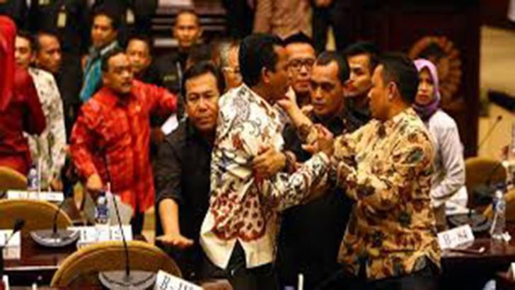 Tjipta Lesmana: Kelakuan Anggota DPD RI Seperti Sekelompok Anak-anak Taman Kanak-kanak