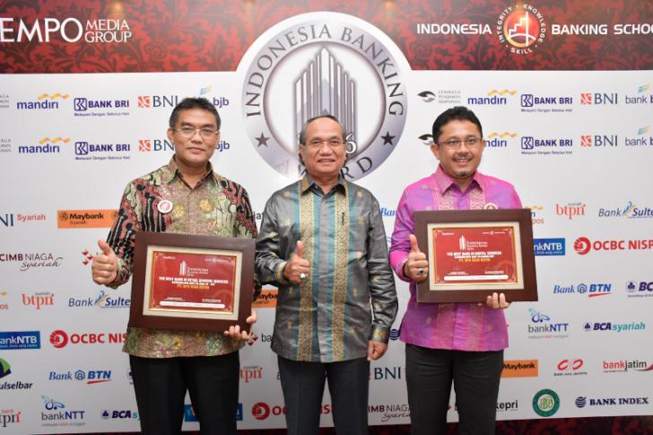 Indonesia Banking Awards 2016, BRK Raih Dua Penghargaan