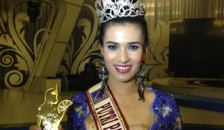 Saksikan Kecantikan Putri Pariwisata Indonesia Diacara Parade Tenun Riau