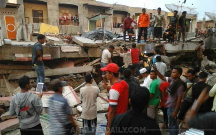 Sejumlah Wartawan di Siak Galang Bantuan Dana Gempa Aceh