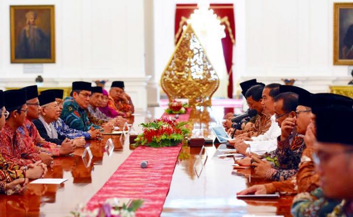 Minggu Tenang Pilkada DKI, Jokowi Mendadak Undang Ulama ke Istana Negara