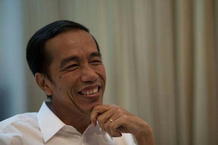 Jokowi Buat Komika Tertawa Terbahak-bahak