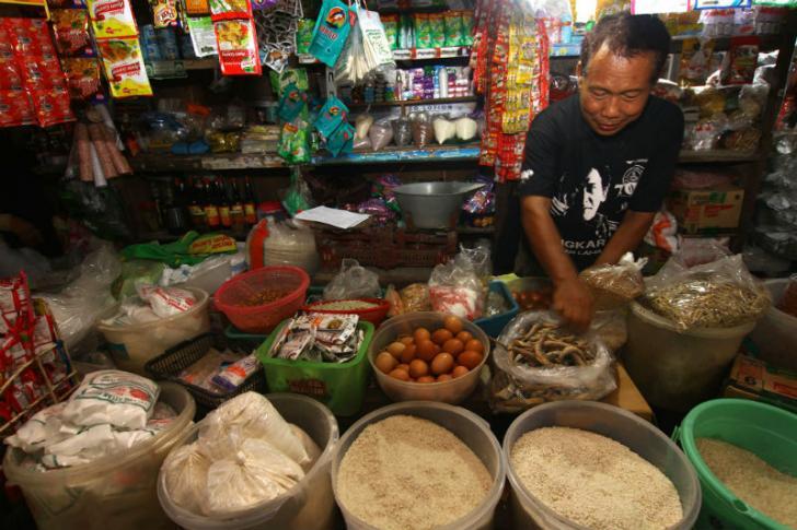 Bupati Irwan Ingatkan soal Sembako Jelang Ramadhan