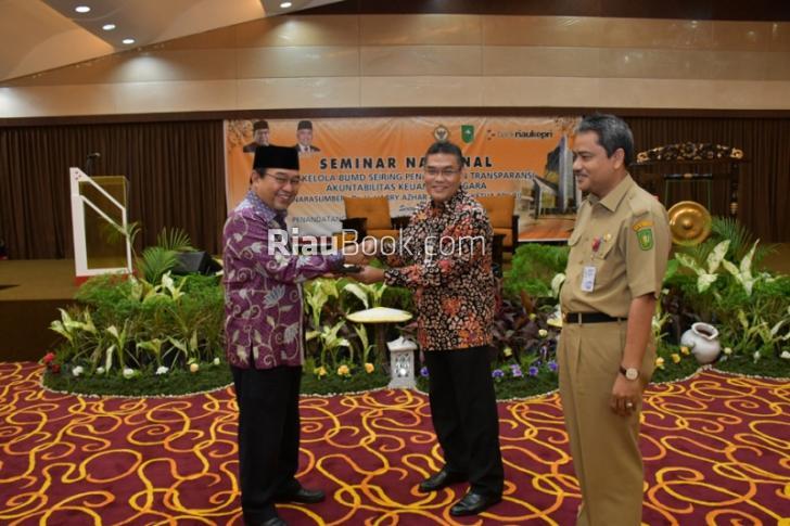 Bank Riau Kepri Undang Ketua BPK RI, Gelar Seminar Nasional Tata Kelola BUMD