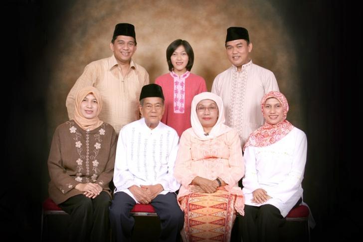 Profile, Keluarga Asli Pekanbaru dengan Segudang Orang Pintar
