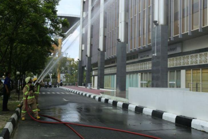 Pegawai Terjebak Kebakaran di Gedung Menara Lancang Kuning