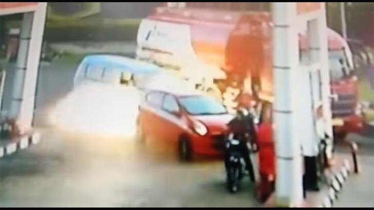 Video Kejadian Ledakan di SPBU Tingkir Akibat Knalpot Bronk