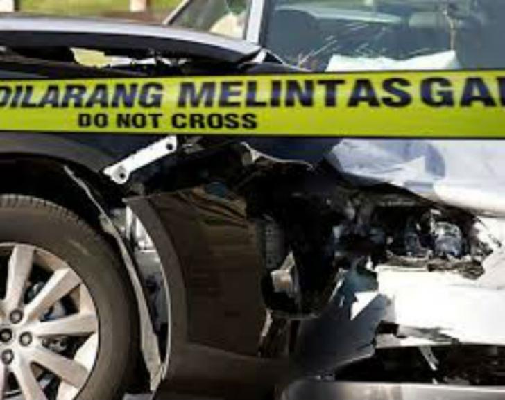 Pemotor Tewas Diseruduk Mobil Dinas Bengkalis