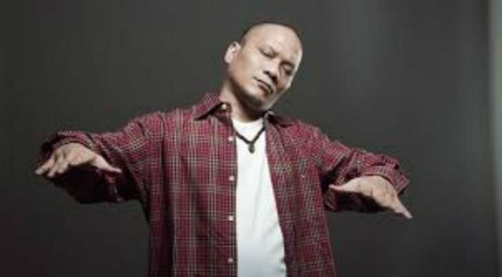 Mengejutkan, Penyanyi Rap Iwa K Ditangkap
