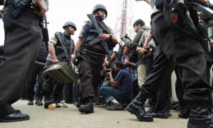 Densus 88 Bekuk Terduga Teroris di Solo