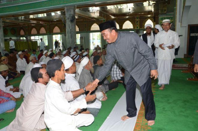 Bupati Ajak Makmurkan Masjid