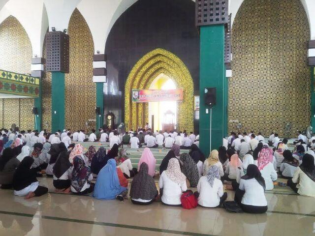 Dihadiri ASN,  Pemkab Pelalawan Peringati Isra Mi'raj Nabi Muhammad SAW 1438 H