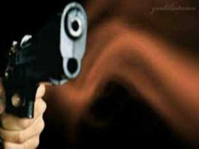 Todong Pengusaha Pakai Pistol Uang Rp50 Juta Lenyap