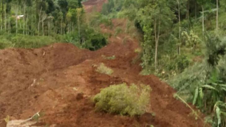 Ponorogo Diterjang Longsor, Puluhan Orang Tertimbun Tanah