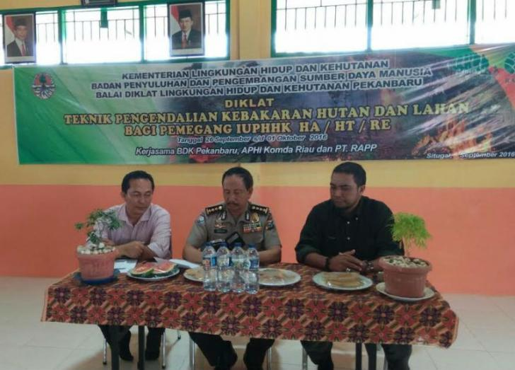 Komitmen Mencegah Karhutla, KLHK Latih 40 Fire Fighter Dilingkungan PT.RAPP