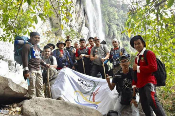 Nikmati Panorama Air Terjun Batang Kapas Kampar, Miliki Ketinggian 150 Meter Hanya Berjarak 4 Jam dari Pekanbaru