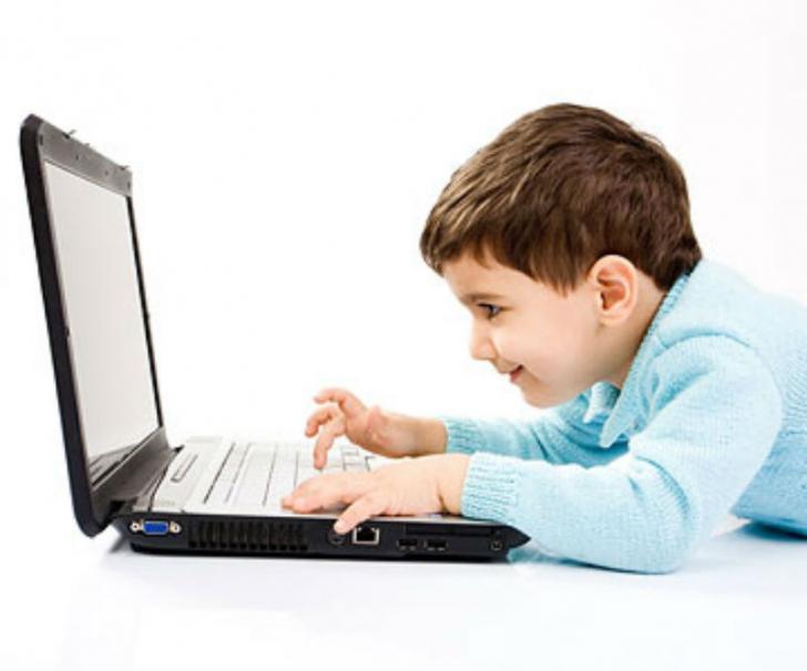 Teknologi Penting, Plt Sekda: Dampak Negatifnya terhadap Anak Harus Diwaspadai