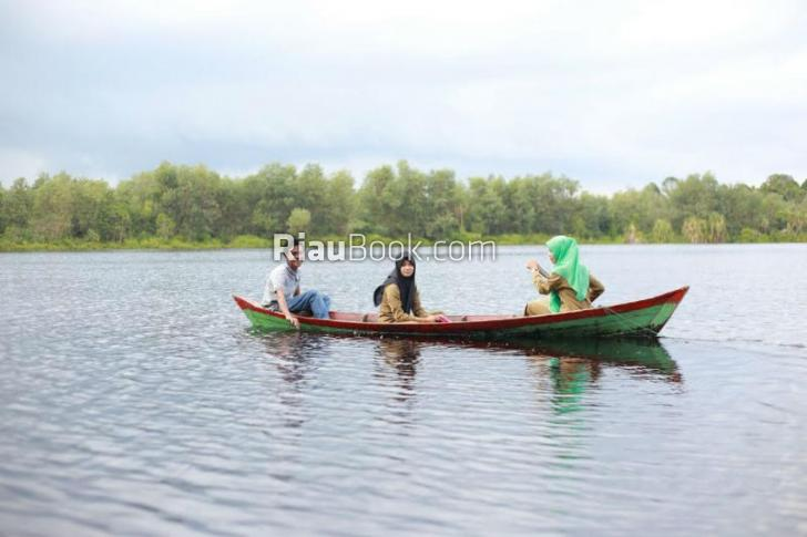 Danau Naga Sakti, Destinasi Wisata Baru di Negeri Istana