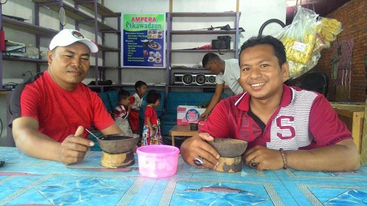 Menikmati Minuman Eksotik Kawa Daun Sambil Melihat Pesona Alam XIII Koto Kampar