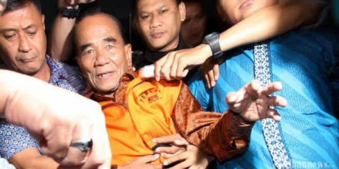 Berusia Lanjut, Annas Cuma Dituntut 6 Tahun Penjara