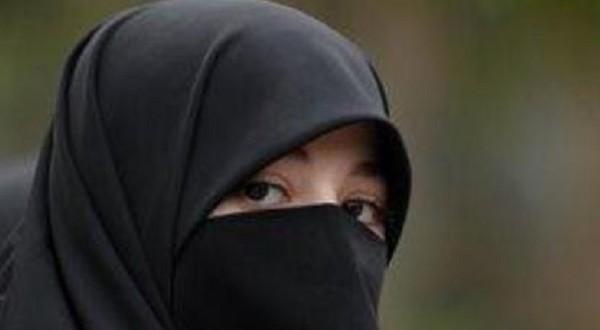 Dituduh Teroris, Wanita Bercadar Gugat Polisi AS