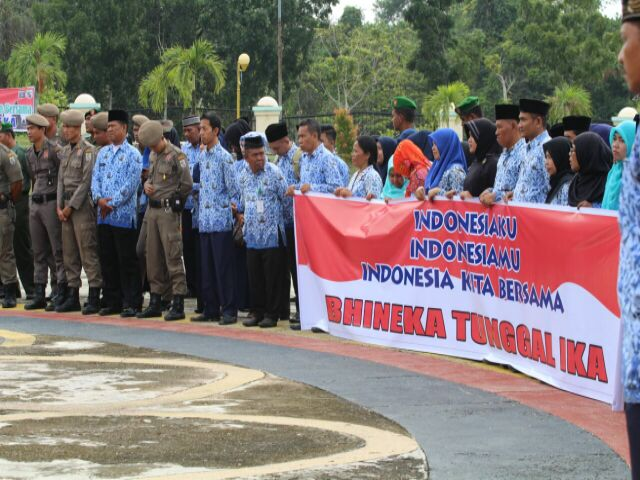 Hari Korpri Ditandai Penyerahan Penghargaan Satya Lencana Karya  520 ASN di Kabupaten pelalawan