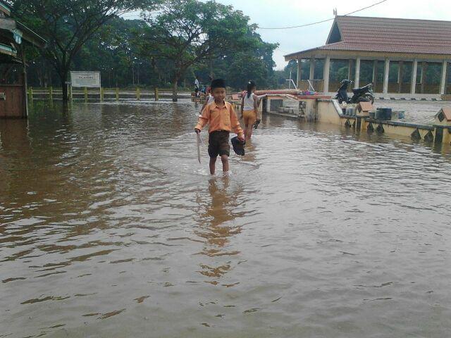 Tetapkan Status Siaga Darurat Bencana Banjir dan Longsor, Pemkab Pelalawan Koordinasi Lintas Sektoral